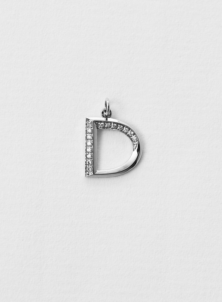 diamond_letter_white gold_d