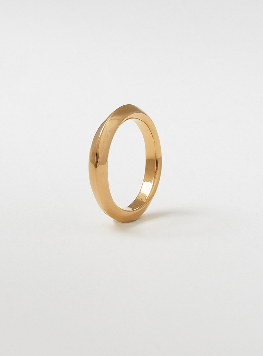 thin_swirl_ring_gold
